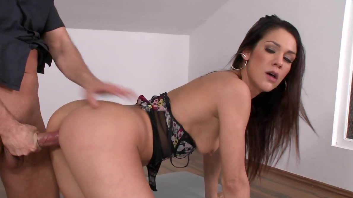 Superb Euro girl Samia Duarte gets fucked from behind