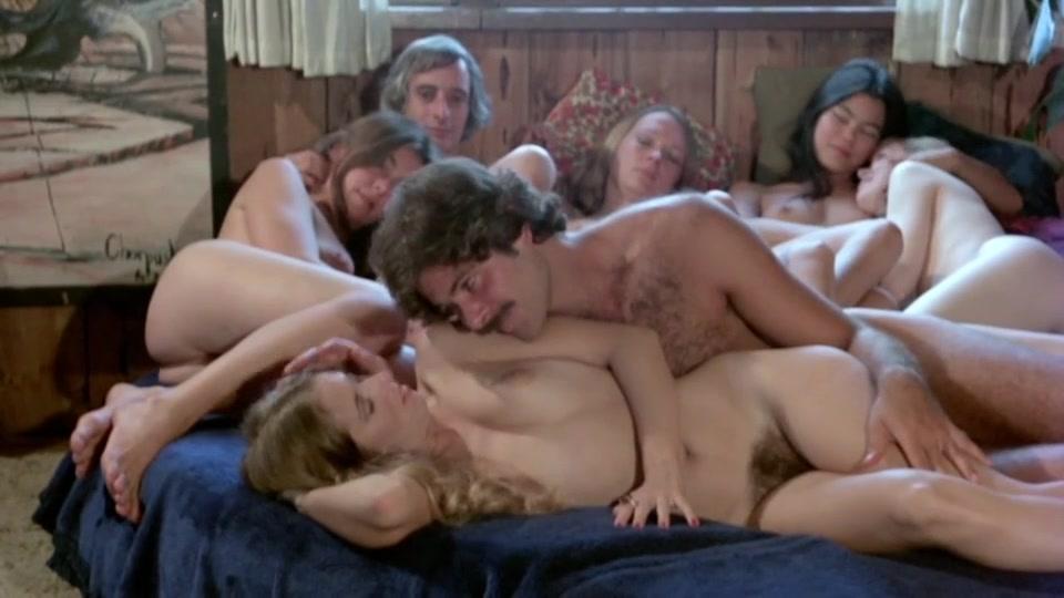 Wonderful retro sexy sluts are pleasuring classic hardcore fuck